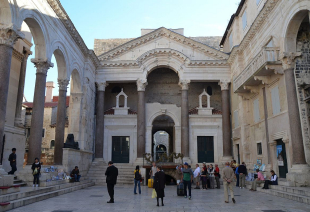 SPLIT  - TROGIR  CITY TOUR_1